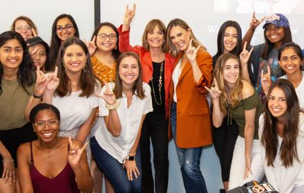 Kendra Scott with students who are part of the The Kendra Scott Women's Entrepreneurial Leadership Institute