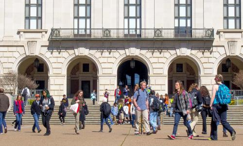 Students walking on Main Mall